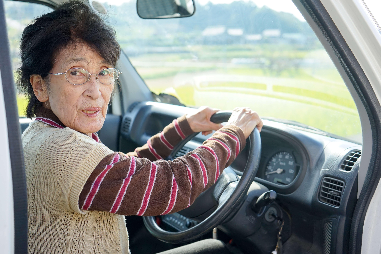 senioren am steuer